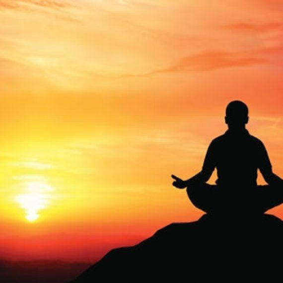 ¿Qué beneficios tiene la meditación en un curso de masaje?